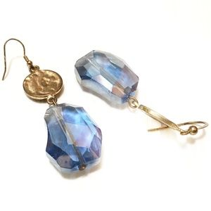 VTG GLAM faceted iridescent blue dangle earrings